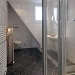 Badezimmer im Obergeschoss (Haus Strandgut | Schulzenstr. 39 | 26548 Norderney)