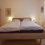 Schlafzimmer 1 im Erdgeschoss (Haus Strandgut | Schulzenstr. 39 | 26548 Norderney)
